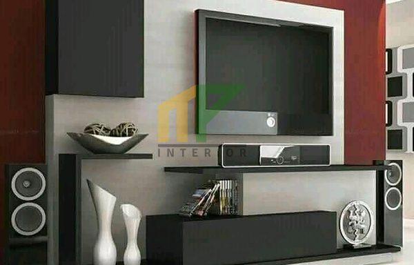 Backdrop TV J